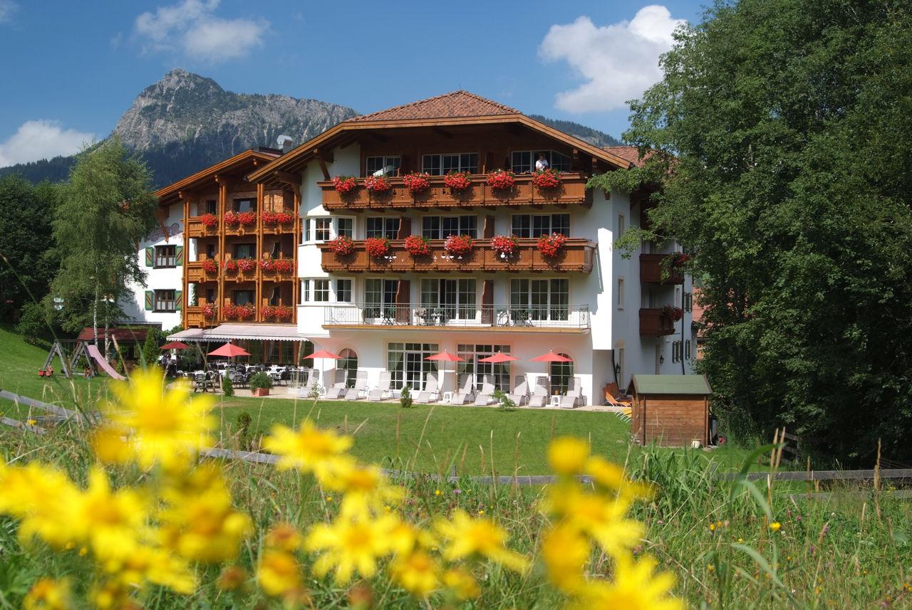 Hotel restaurant bogner hof wellnesshotel im for Designhotel tannheimer tal